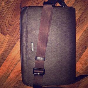 Michael Kors Laptop carrying case